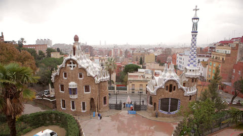 Time Lapse Park Güell People Coming in ビデオ