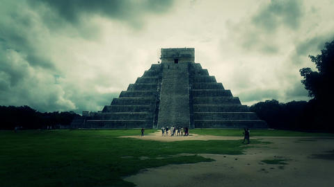 Chichen Itza Mexico Yucatan Kukulcan Pyramid handheld 31... Stock Video Footage