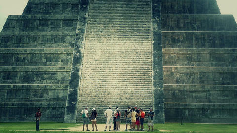 Chichen Itza Mexico Yucatan Kukulcan Pyramid handheld 34... Stock Video Footage