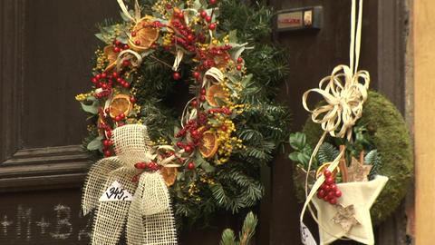 Christmas wreath Stock Video Footage
