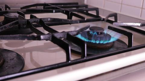 Gas kitchen fire ビデオ