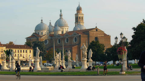 PADUA, ITALY - OCTOBER, 2017: Piazza Prato della Valle on Santa Giustina abbey Archivo