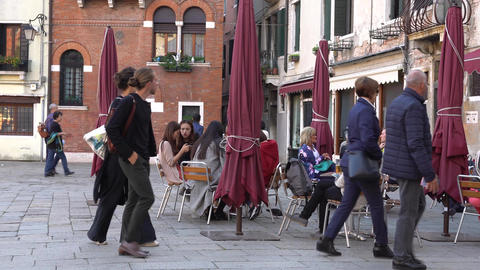 VENICE, ITALY - OCTOBER, 2017: Cozy cafe in Venice, Italy. Venice is a city in Footage