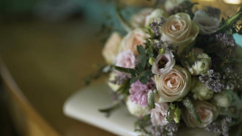 wedding bouquet on table Archivo