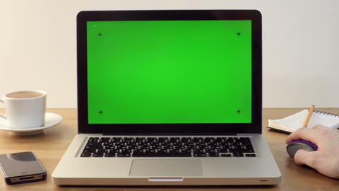 Using Laptop with a Green Screen Footage