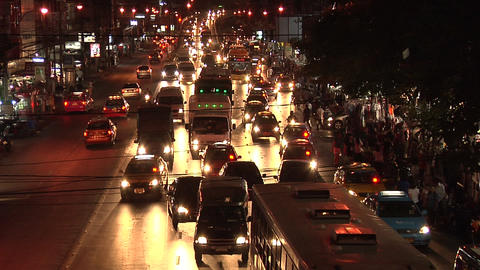 Night Traffic at Phetchaburi Road, Bangkok Live Action