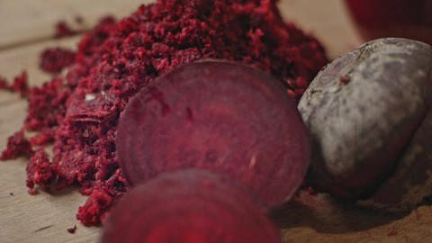 Natural squeezed beet juice. Raw food ビデオ