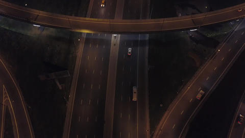 Aerial: Traffic on flyover of Moscow beltway and night cityscape Bild