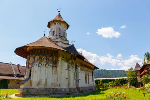 The Moldovita Monastery is a Romanian Orthodox monastery situated in the commune フォト