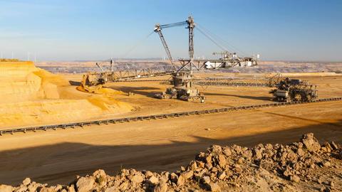Pit Mine Excavator Timelapse in 4K Filmmaterial