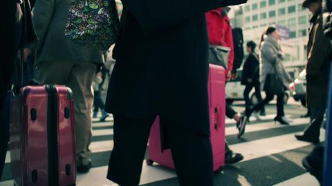 インバウンド、観光、外国人、銀座、新宿、渋谷、浅草、上野、日本、東京、中国人、爆買、韓国人、歩く、渋谷、スクランブル交差点、歩く、足元、イメージ、ハイスピード、 ライブ動画