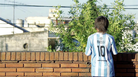 Boy With The Messi Shirt Archivo