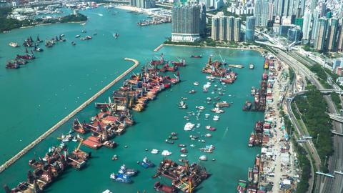 Hong Kong - Elevated view of industrial port. Time lapse zoom in. Sailing boats, ビデオ