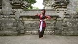 balinese girl dancing, uluwatu, bali Footage