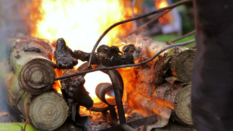 burning dead body, balinese funeral Stock Video Footage