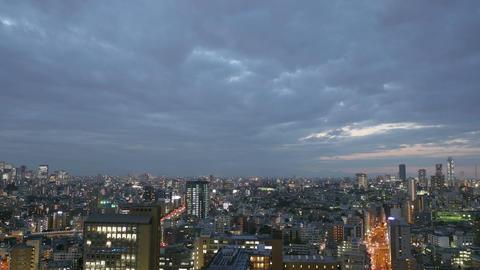 Elevated timelapse of sunset skies over Ikebukuro, Tokyo 画像