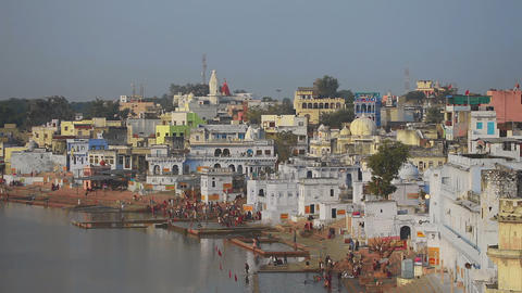Pushkar lake, ritual washing Live Action