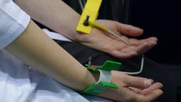 hand sensors for medical research ビデオ