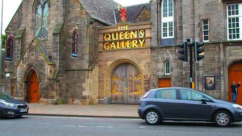 entrance to The Queen's Gallery, Scotland Live Action