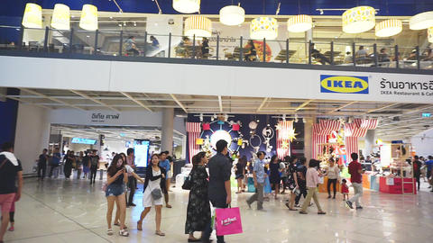 Unidentified peoples are walking front shop of IKEA Bangna brnach in Mega Bangna ビデオ