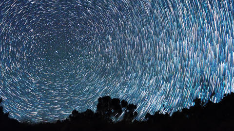 The stars revolve around the polar star. There are disappearing tracks Live Action