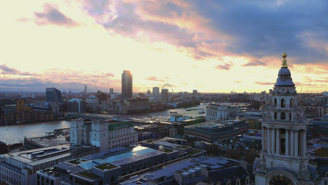 Amazing sky over London in the afternoon Live Action