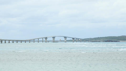 Wide view of the newly opened Irabu Ohashi connecting the islands at Miyakojima ビデオ