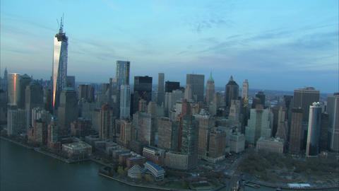 Manhattan and east river aerial Live Action