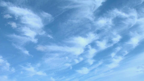 Iceland mares tail clouds Live Action