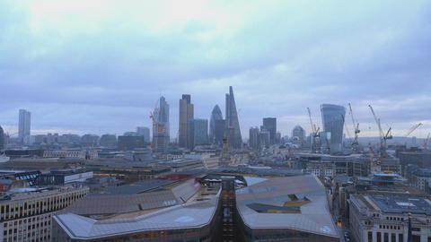 London skyline on a rainy day Live Action