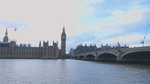 Westminster Bridge and Houses of Parliament London Live Action
