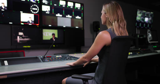 Portrait of a TV Producer in a control room ライブ動画