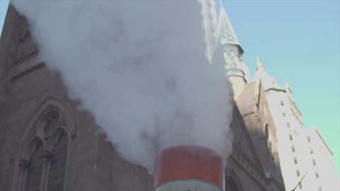 The smoke from the chimney on 5th Avenue NYC slow motion 영상물