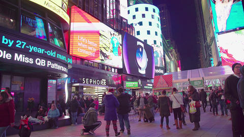 Times square in NYC with a lot of people and car, 4K Footage