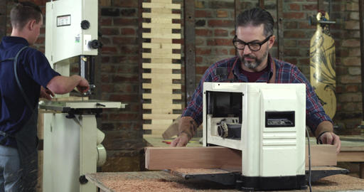 Mature Cabinet Maker Creates a Cabrioli Leg Using 12-Inch Planer Footage