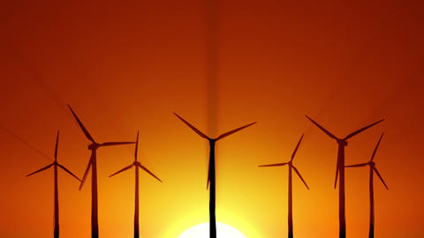 Wind power at sunrise Filmmaterial