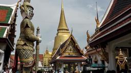 Thailand Bangkok 051 figures and golden pillars in royal palace Footage
