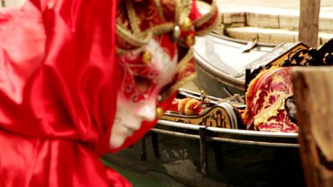 Gondola and Venetian mask carneval di venezia - Venice, Venezia- Venice, Venezia Live Action