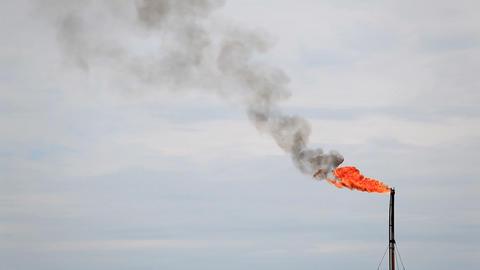 Refinery Fire Gas Torch Archivo