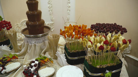 Candy Bar Wedding, candy buffet, chocolate fountain, cakes Live Action