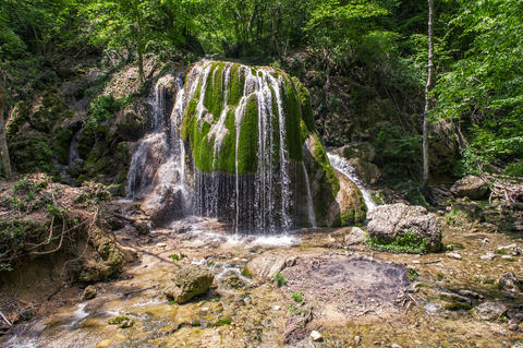 Waterfall Silver streams in Crimea Ukraine Foto