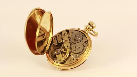 Vintage Pocket Watch 18K Gold Footage