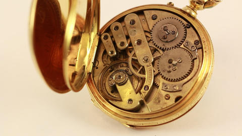 Vintage Pocket Watch 18K Gold Animation
