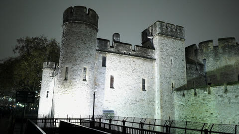 Tower of London by night - LONDON, ENGLAND Live Action