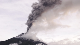 real time shot of Tungurahua volcano while erupting Footage