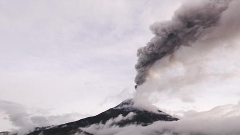 Left To Right Panning Over Tungurahua Volcano During 2016 Eruption stock footage