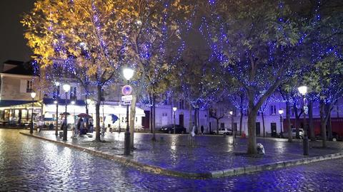 Famous Place du Tertre - the square of street arts in Paris Live Action
