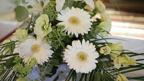 Bouquet Of Flowers, Floral Arrangement Of Gerbera Eustoma Gladioli 画像