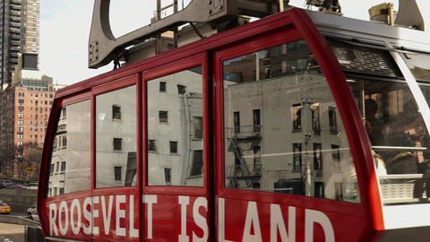The Roosevelt Island Tramway - MANHATTAN, NEW YORK/USA APRIL 25, 2015 Footage