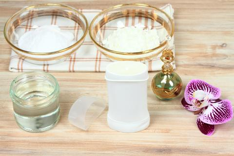Antibacterial and natural homemade deodorant フォト